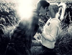 boy-and-girl-couple-girl-kiss-love-Favim_com-115988
