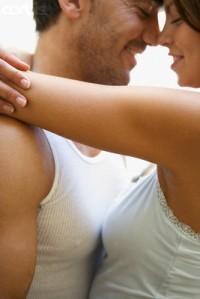 couple,romantic,hug,love,relation,gentle-fdb59df0dd883f418e406d2dbc8ca26f_h