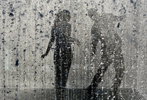 Couple-Dancing-In-The-Rain