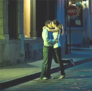 Kissing InTheStreet at night