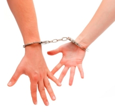Couple-in-handcuffs EDIT