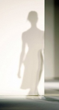mystery-woman 01