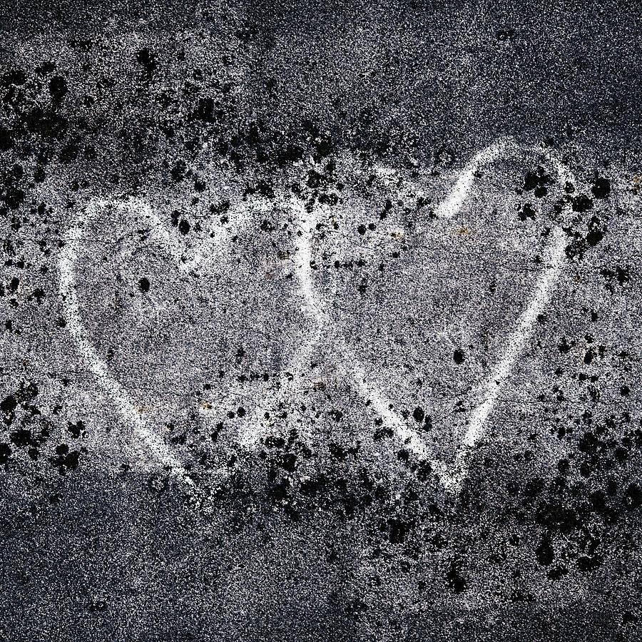 two-hearts-graffiti-love-carol-leigh