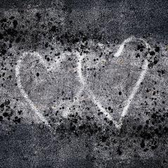 two-hearts-graffiti-love-carol-leigh